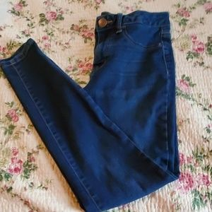 SO juniors size 5 high rise jeggings